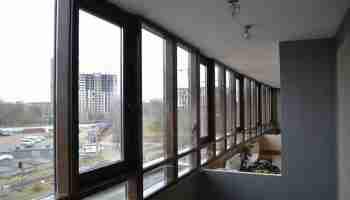 Панорамное остекление балконов – основные виды конструкций
