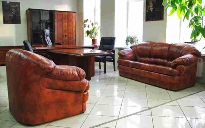 Зачем нужна мягкая мебель в офисе?