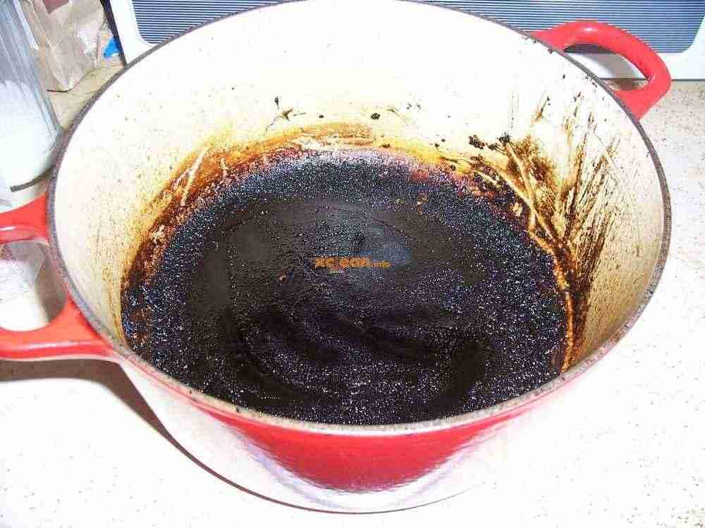 Эффективные способы очистки кастрюли от пригоревшего варенья