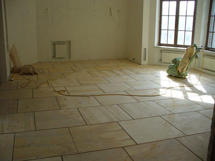 Полы из фанеры. Что такое фанера и использование. Укладка на бетон и лаги. Особенности конструкций с регулировкой. Шлифовка