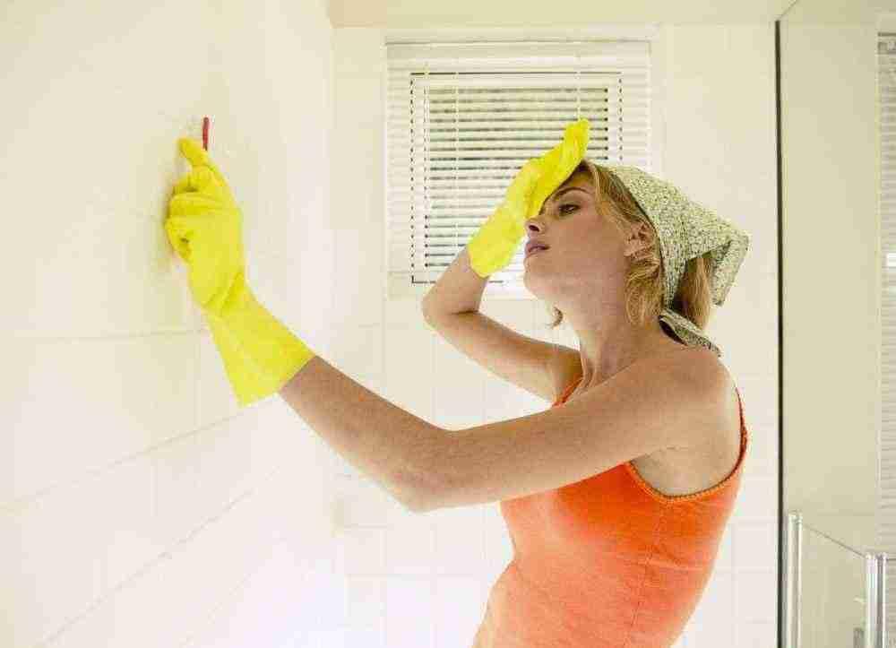 Избавление от грибковой плесени в ванной комнате