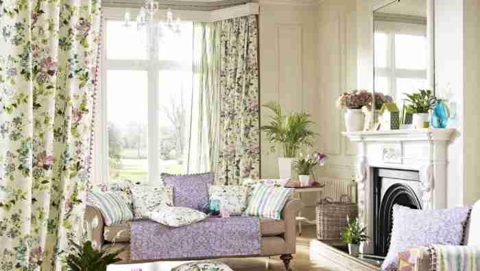 Цветочные шторы в интерьере