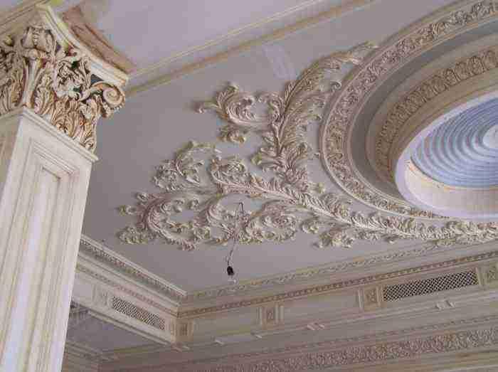 Лепнина на потолке: красота и изящество декора