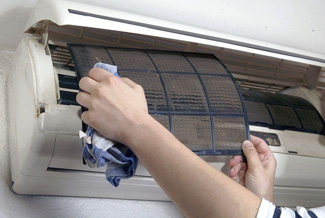 Когда пора чистить кондиционер: периодичность и нормы