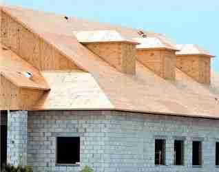 Данный материал отлично подходит для зашивки крыш перед установкой мягкого покрытия