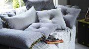 Декоративные подушки: где уместны в интерьере и в каком количестве