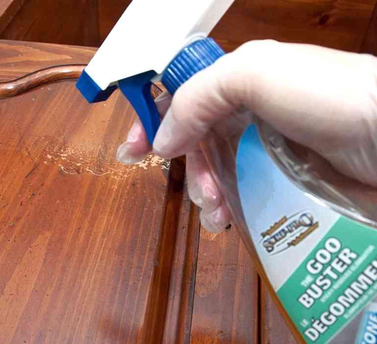 Как очистить мебель от скотча - простые методы