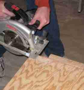 Для осуществления обработки фанеры необходимо знать особенности работы с данным материалом.