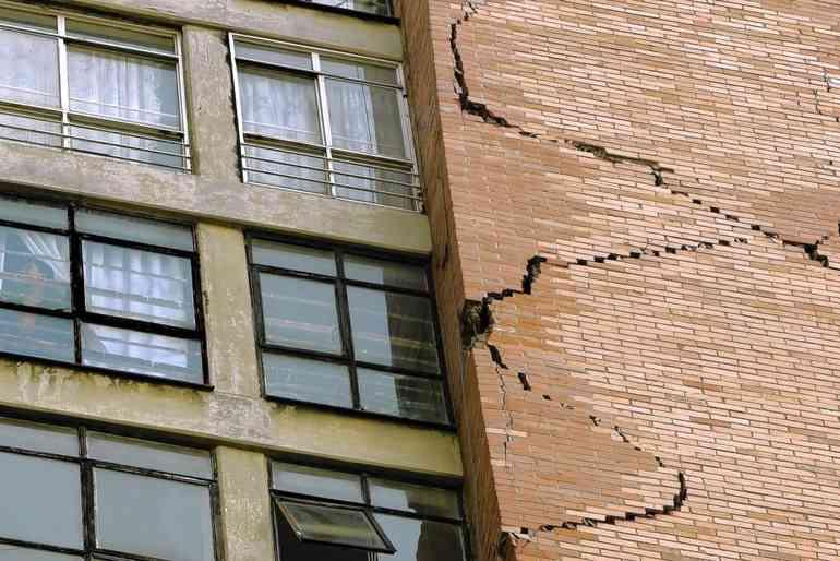 Что будет если снести несущую стену в квартире