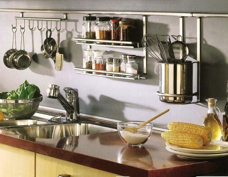 Как подобрать подвесную бытовую технику чтобы сэкономить место на кухне