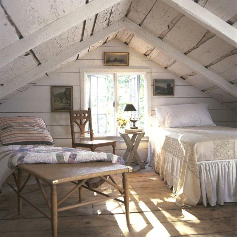 5 способов сделать из обычной мансарды полноценную комнату отдыха
