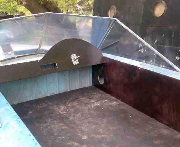 Фанера может быть использована при строительстве катеров.