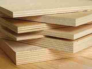 Фанерные плиты различной толщины.