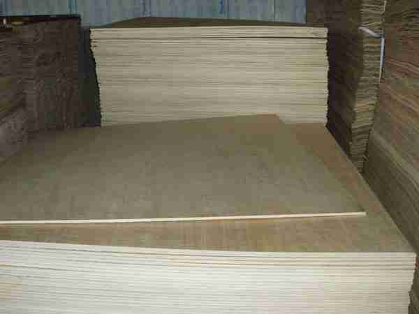 Фото фанерных листов стандартного размера