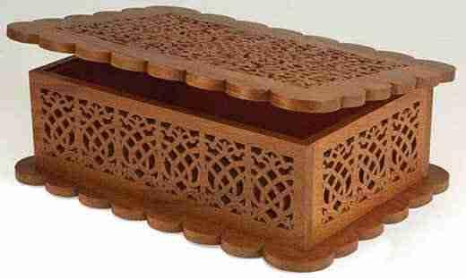 Фото красивой шкатулки, изготовленной из листа прессованного дерева