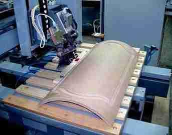 Гнущаяся фанера производственным методом