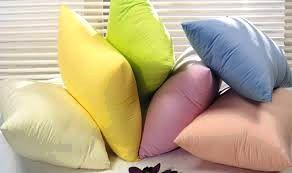 На какой подушке спать удобнее? Перьевая или вспененная