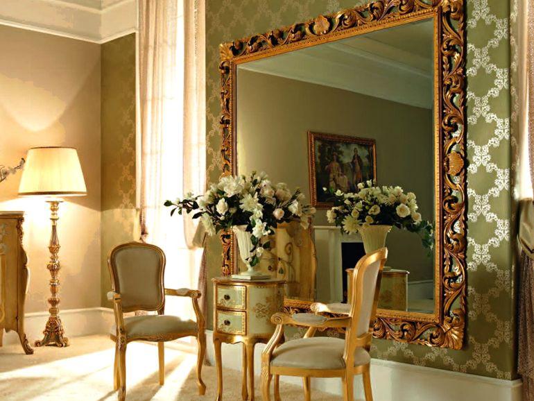 5 мест, где никогда не догадались бы повесить зеркало, но оно там очень кстати