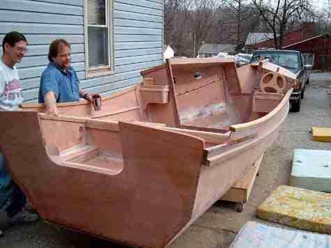 Лодка из влагостойкой фанеры