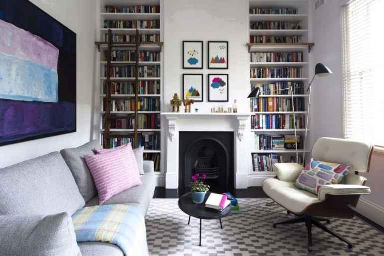 Как уместить все необходимое даже в самой маленькой гостиной
