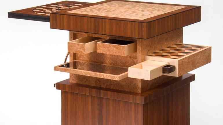 Мебель с секретами и тайниками