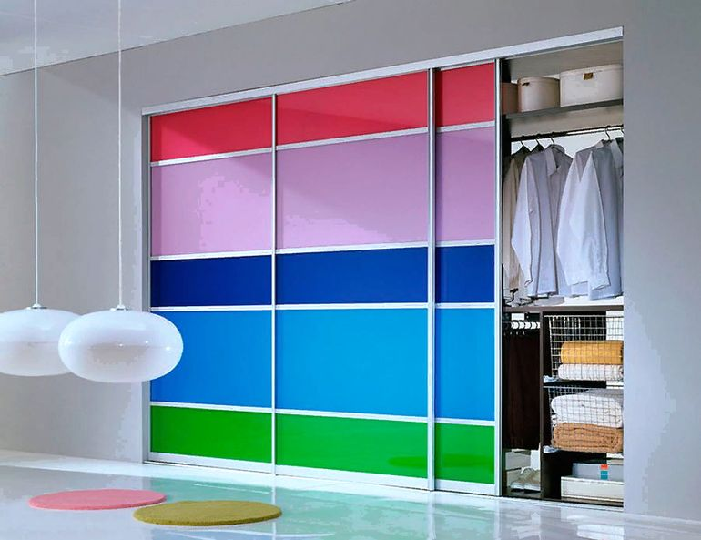 5 идей, как добавить в интерьер модный цвет, не переделывая ремонт