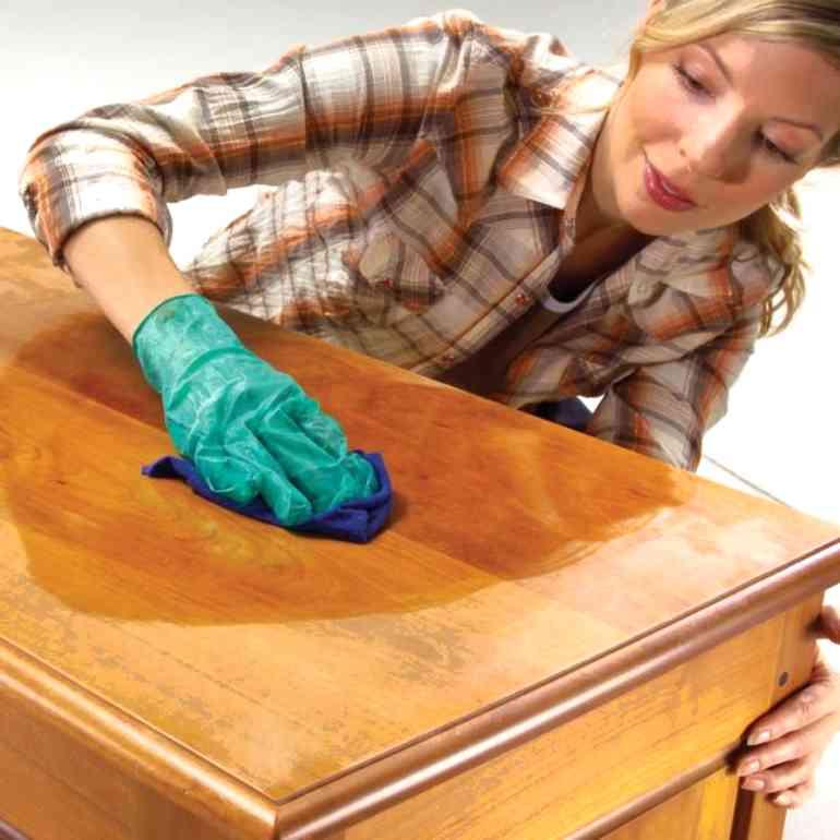Какое средство лучше для полировки мебели