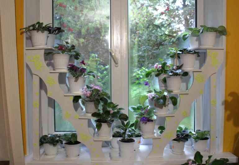 Полки для цветов своими руками - красиво и экономно