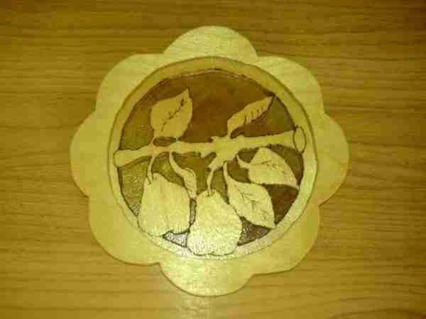 Пример создания декоративных элементов при помощи подручного инструмента