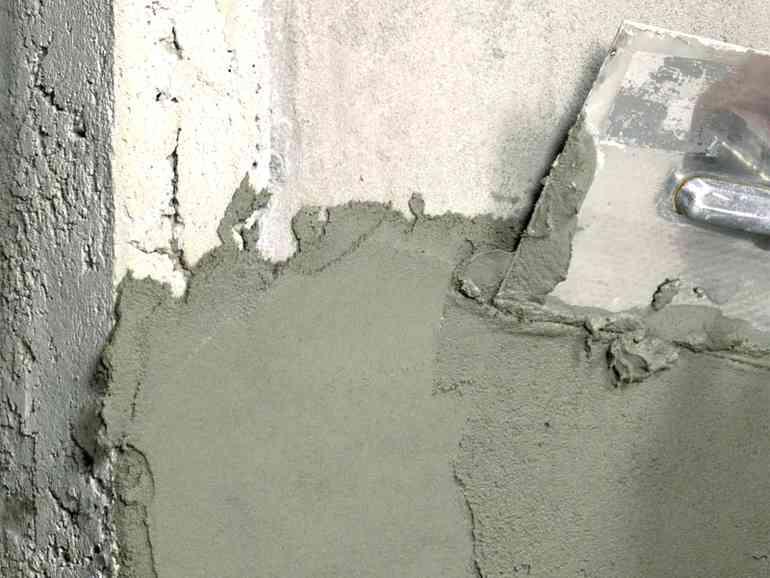 Почему штукатурка не липнет к стене и как это исправить