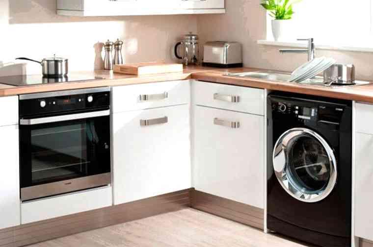 Почему не стоит ставить на кухню стиральную машинку