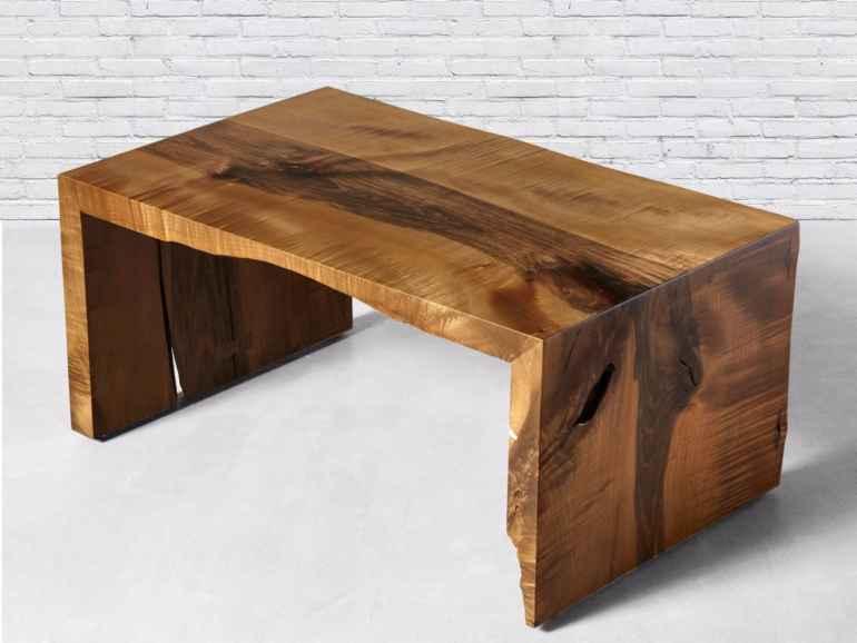 Мебель из массива дерева основные плюсы