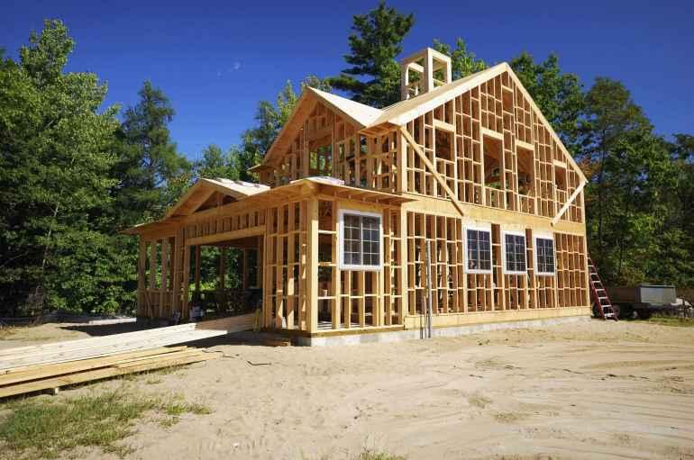Этап строительства каркасного дома