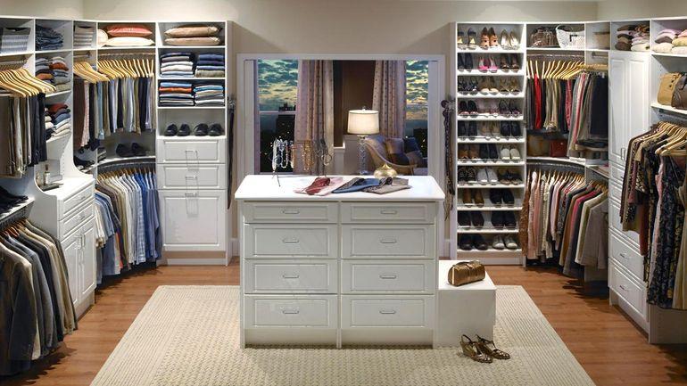 Идеальная гардеробная для него и для нее: 10 важных аспектов
