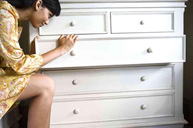 Как избавиться от приторного запаха новой мебели