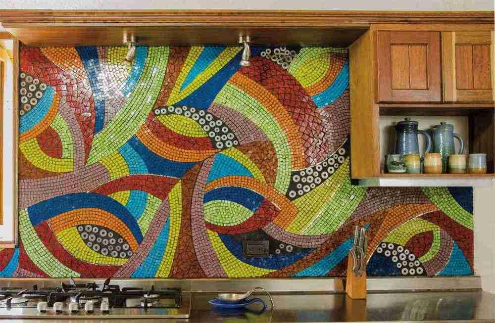 Виды и установка кухонных фартуков